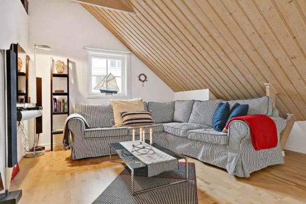 Small Coastal Cottage in Sweden 008