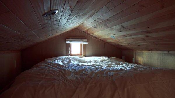 Students DIY 172 sq ft Tiny House Loft