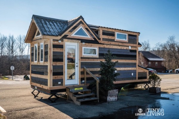 The Countryside Tiny House by 84 Tiny Living 001
