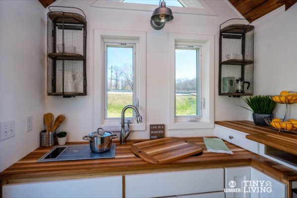 The Countryside Tiny House by 84 Tiny Living 003