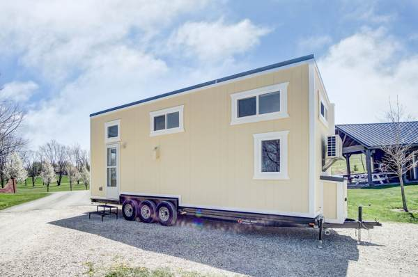The Fox 28ft Tiny House by Modern Tiny Living 0023