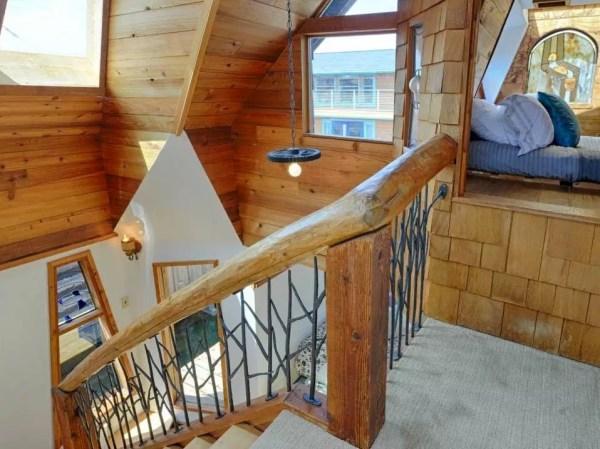 The Hobbit Houseboat 007