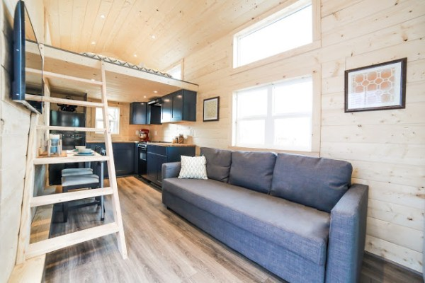 The Mansion Tiny House by Uncharted Tiny Homes 003
