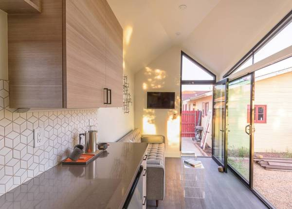 The Nest Tiny House Vacation in Phoenix_003