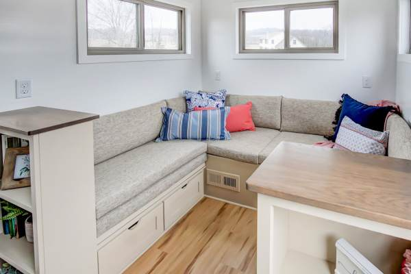 The Pearl Tiny House by Modern Tiny Living 0023