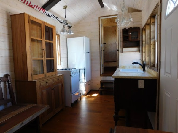 the-rose-tiny-home-007
