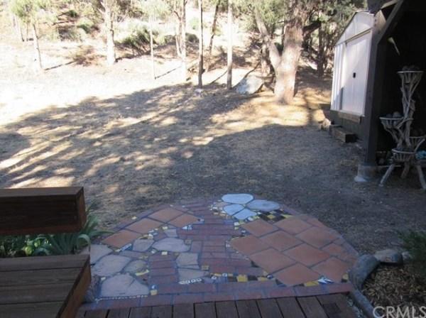 Tiny A-frame Cottage 002