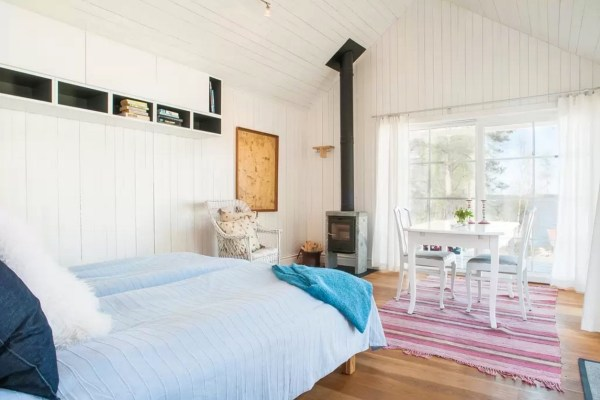 Tiny Bungalow by the Sea in Sweden 0014