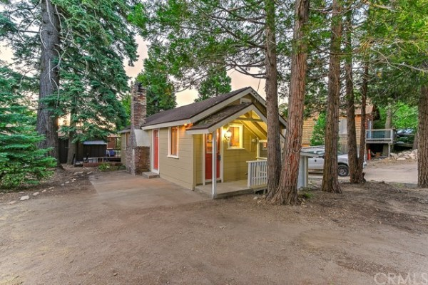 Tiny Bungalow in California For Sale