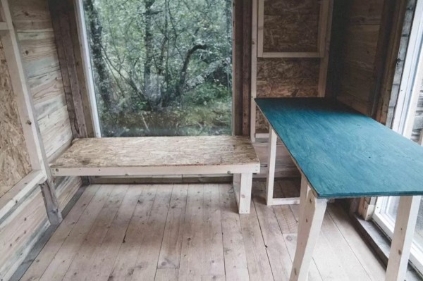 Tiny Cabin in Norway 003