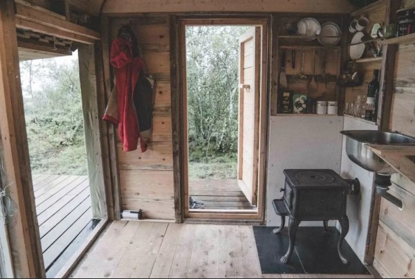 Tiny Cabin in Norway 007