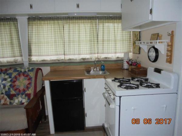 Tiny Cottage Madison Maine 006