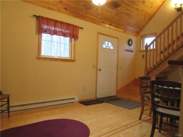 Tiny Cottage On 3 5 Acres In Albion Ny For Sale