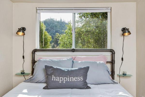 Tiny Cottage with View in Cazadero 0010