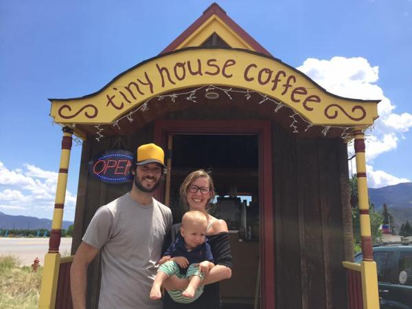 tiny-house-coffee-001