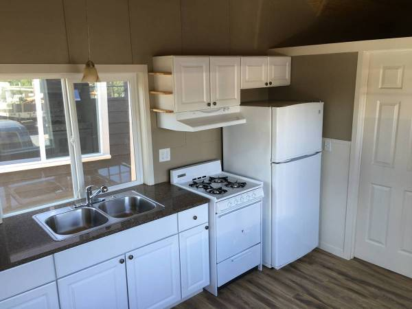 Tiny House For Rent in Battle Ground Oregon 002