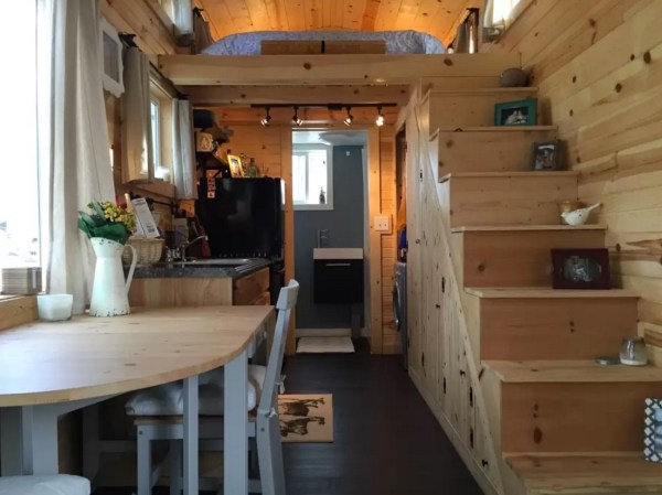 Tiny House Vacation in Damascus Virginia 002