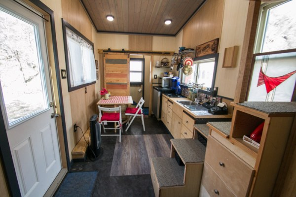 Tiny House Vacation in Golden Colorado 002