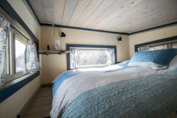 Tiny House Vacation in Golden Colorado 005
