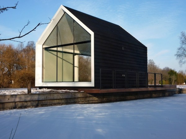 Tiny Island Dutch House 004