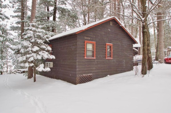 Tiny Log Cabin For Sale in Hayward WI 0013