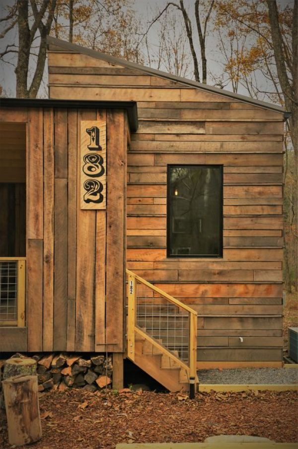 Tiny Modern Rustic Tiny Cabin Vacation near Asheville NC 0025
