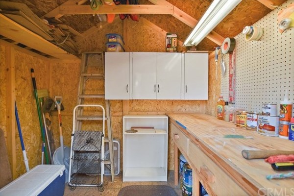 Tiny Mountain Cabin in Idyllwild California For Sale with Land 0021