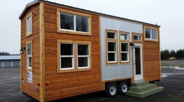 Tiny Mountain House For Sale 001