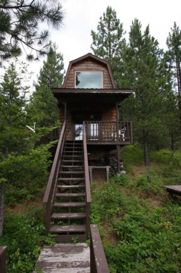Tiny Newport Cabin 0022