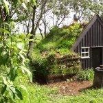 tiny-turf-houses-in-iceland-via-exploring-alternatives-001