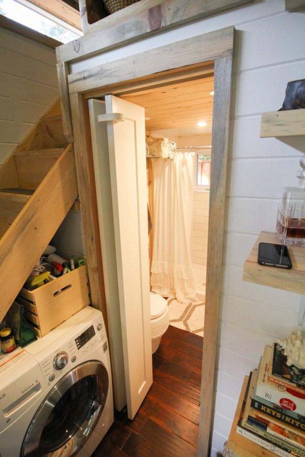 Tiny Urban Cabin 0015
