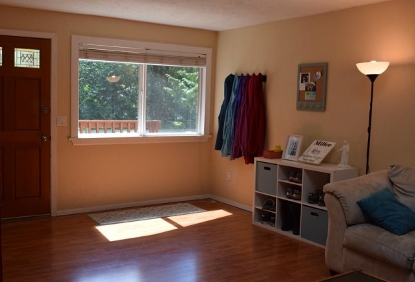 Two Bedroom Cottage For Sale in Shelton 003