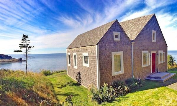 Two Bedroom Ocean Cottage in Cape Breton Island 001