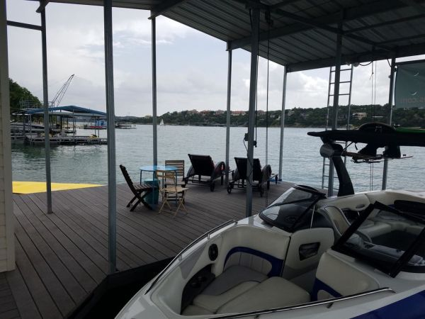 Two Waterfront Tiny Homes on Lake Travis Vacation Rentals_020