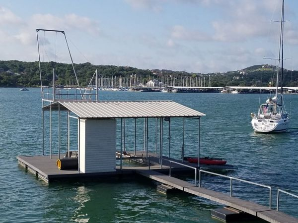 Two Waterfront Tiny Homes on Lake Travis Vacation Rentals_025