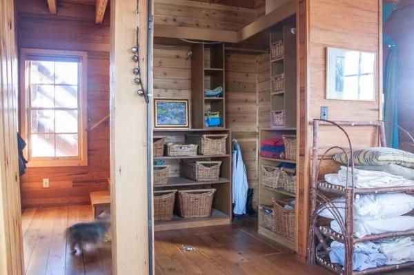 Watch Tower Cabin in Terebonne 0010