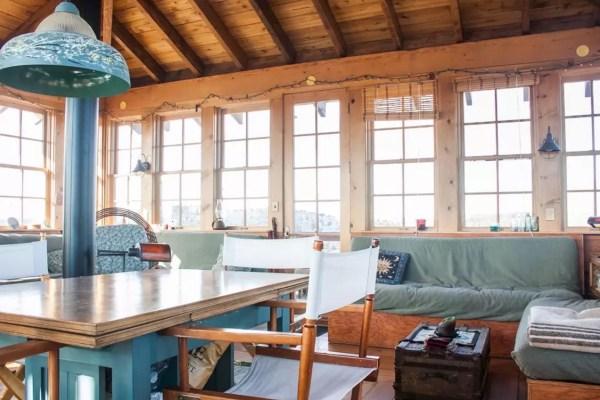 Watch Tower Cabin in Terebonne 005