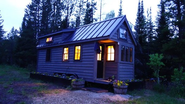 Womans Fy Nyth Tumbleweed Tiny House on Wheels 0015