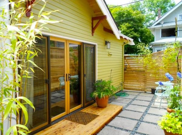 Women-Transformed-Garage-Simple-Yellow-Cottage-002