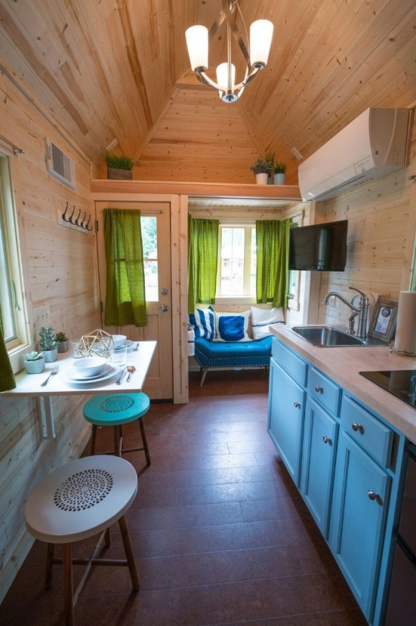 Zoe Cypress 20 Tiny House at Mt Hood Tiny House Village via TinyHouseTalk-com 0012