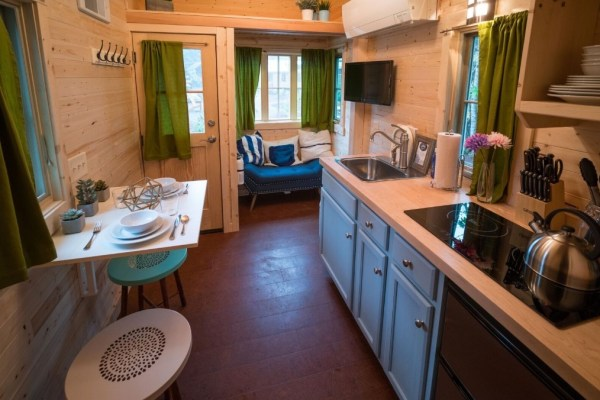 Zoe Cypress 20 Tiny House at Mt Hood Tiny House Village via TinyHouseTalk-com 003