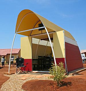 abod-tiny-house-larage-awning-open-and-finished