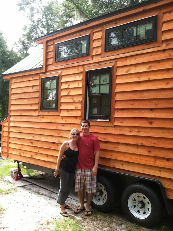 Alex Pino and Andrea Fouch in front of Dans Tiny Living Tiny House Design