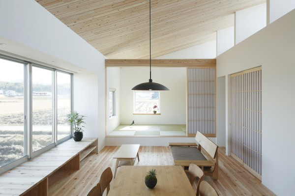 alts design office 768 sf japanese family small house 003 600x399   Minimalist 778 Sq. Ft. Japanese Family Small House