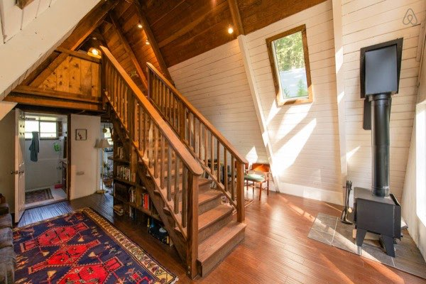 amazing-tiny-a-frame-cabin-in-the-redwoods-02
