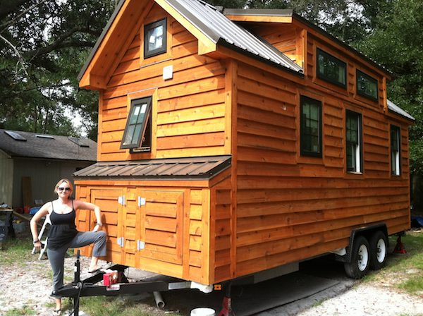 Andrea Acting Like She Owns Dans Tiny House