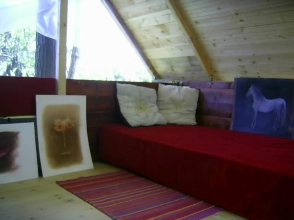 artist-terrace-tiny-house-for-art-in-italy-001