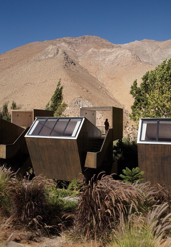astronomical-cabins-and-domes-hotel-in-chile-003