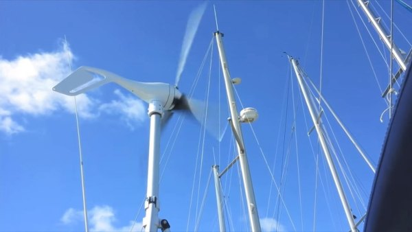 australian-couple-traveling-world-sailboat-009