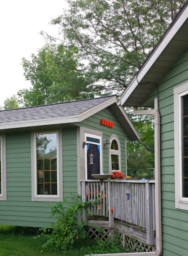 barbara-techel-tiny-writing-cottage-0003